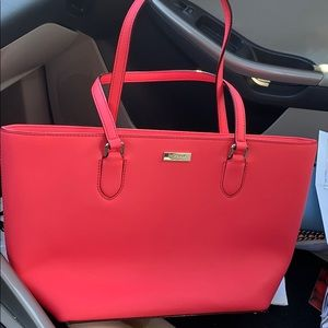 Kate spade tote bag, never been use